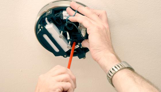 EnergieVeilig | Klussen (lamp ophangen) | Stap 7/11