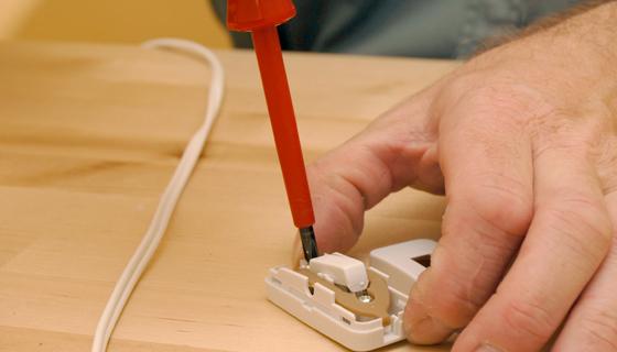 EnergieVeilig | Klussen (schakelaar monteren) | Stap 3/10