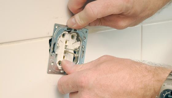 EnergieVeilig | Klussen (stopcontact vervangen) | Stap 7/14